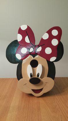 Minnie Mouse birdhouse