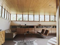 Roy Grounds House built in cupboards / bookshelves 'Iconic Australian Houses 50/60/70 Three Decades of Domestic Architecture' - Karen McCartney
