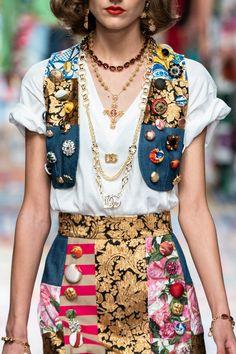 Fashion Brand, Fashion Show, Fashion Design, Fashion Themes, Fashion Outfits, Boho Chic, High Fashion Photography, Spring Couture, Spring Fashion Trends