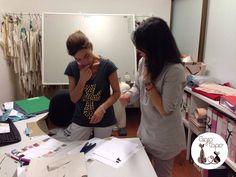Feliz jueves, trabajando felices para la moda de todos los niños #BambiniAllaModa www.gigiotopo.com