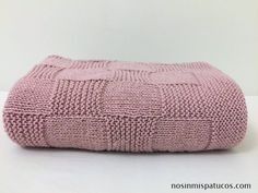 1 million+ Stunning Free Images to Use Anywhere Knitting For Kids, Baby Knitting, Crochet Baby, Knit Crochet, Knitted Blankets, Knitted Hats, Baby Sweater Knitting Pattern, Sofa Blanket, Baby Sweaters