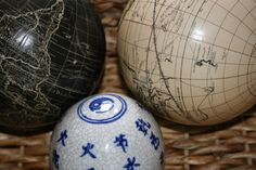 Use globes with deco balls