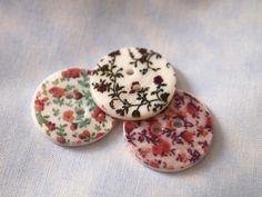 Moline-Mercerie-boutons-fleuris