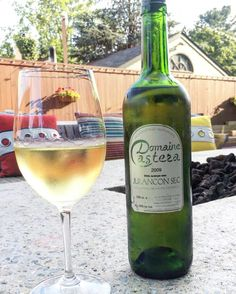 It's Wine Wednesday!  This week's featured bottle:  Domaine asteza  For $21 come in to sample three of our featured wines!  #loganinn #loganinnpa #newhope #buckscounty #buckshappening #winewednesday #wine #padrinks #drinks Wine Wednesday, White Wine, Logan, Wines, Alcoholic Drinks, Restaurant, Bottle, Glass, Liquor Drinks