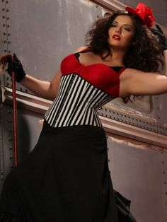 La Strisca Steel Boned Underbust Corset From The Plus Size Fashion Community At www.VintageAndCurvy.com