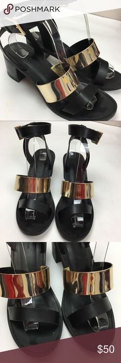 """Zara Trafaluc black gold sandals sz 40 Black and gold Zara trafaluc sandals with 2.5"""" heel in very good preowned condition with minor signs of wear.  Size 40 or 10 Zara Shoes Sandals"""