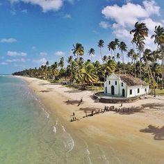 Praia dos Carneiros, Pernambuco, Brasil | Source: @gustavoalbano - @nordestepraiano | Follow us | #holiday#boutiquehotel#luxury#luxurylife#colors#luxurytravel#instadaily#travel#travelingram#picoftheday#vacation#family#instamood#instalove#instatravel#beachholiday#paradise#love#wanderlust#sky#nature#relax#vsco#vscocam#paddleboarding#yoga#worlderlust#guardiantravelsnaps#brasil#igers