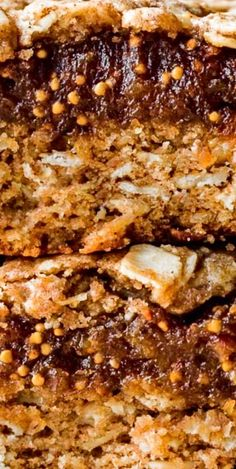 These oatmeal fig bars are a homemade variation of store-bought fig bars. They're made with oats, whole wheat flour, maple syrup, coconut oil, cinnamon, nutmeg, dried figs, and a few basics. They're wholesome and satisfying and keep wonderfully for back-to-school snacks and lunches all week long. Best Dessert Recipes, Easy Desserts, Sweet Recipes, Delicious Desserts, Yummy Food, Most Popular Recipes, Favorite Recipes, Sallys Baking Addiction, Most Delicious Recipe