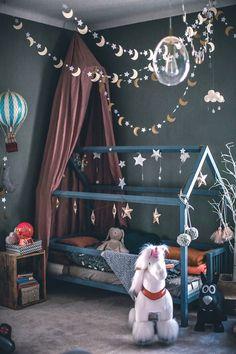 Une maison sombre et lumineuse – PLANETE DECO een thuiswereld – Herzlich willkommen