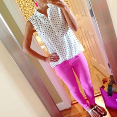 Marshalls white with blue polka dot top. Blue Polka Dots, Polka Dot Top, Bow Sandals, Pink Jeans, Marshalls, Daily Look, Hot Pink, Tory Burch, Summer Outfits