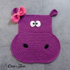 ideas for crochet animal rug Crochet Hippo, Cute Crochet, Crochet For Kids, Crochet Animals, Crochet Toys, Crochet Carpet, Irish Crochet, Yarn Projects, Crochet Projects