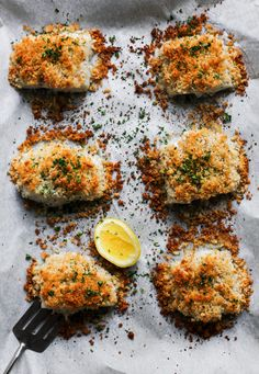 Easy Panko Crusted Baked Cod Fish Tuck into this fantastic cod recipe accompanied with the delectable flavours . This combination of amazing tastes delightfully influence the potatoe. Cod Recipes Oven, Cod Fillet Recipes, Seafood Recipes, Cooking Recipes, Healthy Recipes, Baked Cod Recipes Healthy, Best Cod Recipes, Halibut Recipes, Healthy Food