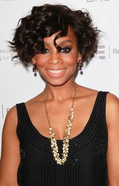 Anika Noni Rose Curly Bob Hairstyle for Black Women | Hairstyles Weekly