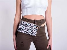 Compact, useful accessory that is great for everyday wear, concerts and festivals! Must have this season.