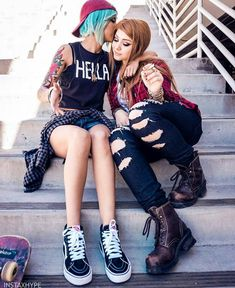 Our social Life Rachel Life Is Strange, Life Is Strange Fanart, Cute Costumes, Cosplay Costumes, Costume Ideas, Chevron, Chloe Price, Epic Cosplay, Just Girl Things