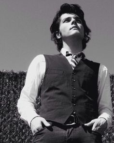 Gerard Way, My Chemical Romance, Emo Bands, Music Bands, Sass Queen, Mikey Way, Frank Iero, Fall Out Boy, Singer