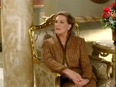 2004 The Princess Diaries 2. Julie Andrews and Anne Hathaway
