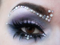 fantasy make up with lovely pearls
