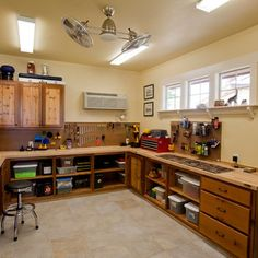 Garage And Shed Photos Work Bench Kits Design, Pictures, Remodel, Decor and Ideas - page 4