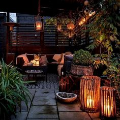 55 Amazing Utilization Ideas Eclectic Balcony Source by ekrautenbacher Related posts: 50 Amazing Balcony Garden Designs &… Small Balcony Decor, Outdoor Balcony, Balcony Design, Small Patio, Outdoor Lounge, Patio Design, Backyard Patio, Backyard Landscaping, Exterior Design