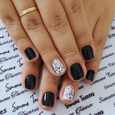 29 Fotos de Unhas decoradas preta e branca tendências outono 2018 Love Nails, How To Do Nails, Pretty Nails, My Nails, Diy Nail Designs, Short Nail Designs, Nails 2017, Beautiful Nail Designs, Black Nails