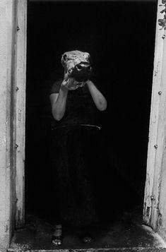 Graciela Iturbide. Mujer toro. Juchitán, México, 1987