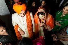 Pin @zaildarni Wedding Rituals, Sikh Wedding, Punjabi Wedding, Pakistani Bridal, Indian Wedding Photographer, Destination Wedding Photographer, Punjabi Culture, Punjabi Couple, Woman Face