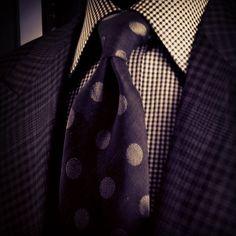 Gentlemen:  #Gentlemen's #fashion ~ Tom Ford.