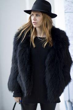 http://janessaleone.tumblr.com/ #fashion #hat #inspiration