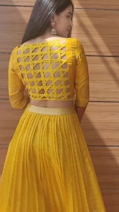 New Saree Blouse Designs, Blouse Designs Catalogue, Choli Designs, Fancy Blouse Designs, Bridal Blouse Designs, Choli Blouse Design, Stylish Dress Designs, Stylish Blouse Design, Sleeves Designs For Dresses