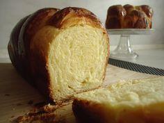 Brioche mousseline 2 002 Yeast Bread, Keto Bread, No Bake Desserts, Easy Desserts, Cooking Chef Gourmet, Low Carb Recipes, Cooking Recipes, Healthy Recipes, Learn To Cook