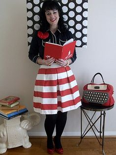 Want the skirt, NEED the bag <3