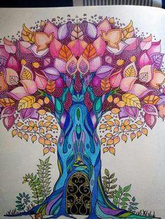 Árbol, Bosque encantado, Enchanted forest, Floresta encantada. Johanna Basford.