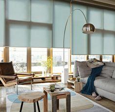 Simpel, men elegant - Luxaflex Rullegardiner i dueblå. #blue #blå #indretning #bolig #luxaflex #Rullegardiner #gardiner