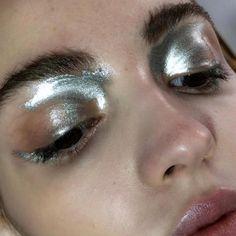 Prada Suits Everyone : Photo, silver eye shadow makeup, silver makeup extreme sheen silver eye makeup Makeup Inspo, Makeup Inspiration, Makeup Tips, Hair Makeup, Makeup Ideas, Makeup Stuff, Eyeliner, Eyeshadow Makeup, Makeup Eyebrows