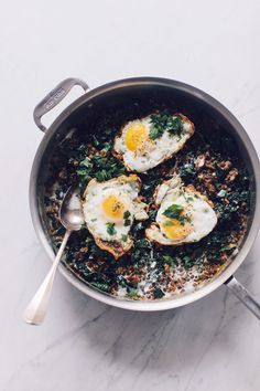 Lentils with mushrooms, kale and fried eggs Easy and Impressive Date-Night Recipes via Healthy Meals For Two, Healthy Dinner Recipes, Breakfast Recipes, Vegetarian Recipes, Healthy Eating, Cooking Recipes, Egg Recipes, Breakfast Dishes, Date Night Recipes
