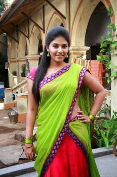 Actress Anjali was born on 11 Sep 1986 and is basically from Andhra Pradesh. She is a graduate in Mathematics and while in campus, she started career as a model but now anjali has become one among the top in South Indian Actress List. Indian Film Actress, South Indian Actress, Beautiful Indian Actress, Beautiful Saree, Photoshoot Images, Green Saree, Latest Images, Half Saree, Image Hd
