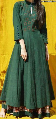 Love this dress - Dresses Stylish Dress Designs, Stylish Dresses, Kurta Neck Design, Kurti Sleeves Design, Sleeves Designs For Dresses, Sleeve Designs, Hijab Style, Kids Frocks Design, Kurta Designs Women