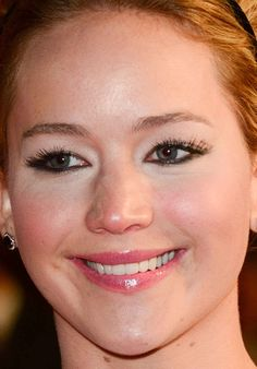 Jennifer Lawrence's smudgey lower-lid liner for hooded eyes