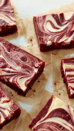 Red Velvet Brownies, Velvet Cake, Cheesecake Swirl Brownies, Homemade Cheesecake, Cheesecake Recipes, Raspberry Cheesecake, Easy Brownies, Cosmic Brownies, Cheesecake Mix