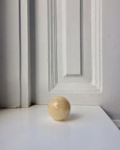 @apieceofjune ...........#marble #minimal #simple #simplicity #simpleandpure #minimalism #quiet #aquietstyle #theartofslowliving #liveauthentic #living #interior #beautyinsimplicity #detail #beauty Daily Mood, Minimalism, Marble, Vase, Detail, Simple, Interior, Beauty, Instagram