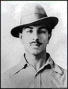 Bhagat Singh March was an Indian socialist revolutionary whose two acts of dramatic violence against the British in India and execution at age 23 made him a folk hero of the Indian independence movement. Freedom Fighters Of India, Che Guevara, Bhagat Singh, History Of India, Gautama Buddha, Indian Gods, Indian Army, Good Looking Men, Revolutionaries