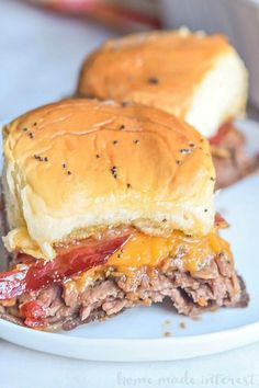 Bourbon Bacon Roast Beef Sliders - Home. Bourbon Bacon Roast Beef Sliders - Home. Bacon Recipes, Appetizer Recipes, Cooking Recipes, Bourbon Recipes, Tofu Recipes, Dip Recipes, Copycat Recipes, Easy Cooking, Lunch Recipes