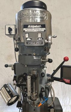 Bridgeport Mill, Metal Working Machines, Milling Machine, Factories, Workshop, Industrial, Tools, Atelier, Work Shop Garage