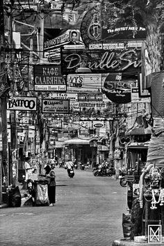 Pattaya Thailand - Fantastic shot this . Absolutely love it! Kudos l Travel Around The World, Around The Worlds, Street Photography, Cityscape Photography, Pattaya Thailand, Walking Street, Beautiful Streets, Through The Looking Glass, Phuket