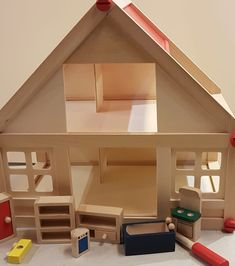 Maison et accessoires Stairs, Loft, Bed, Furniture, Home Decor, Wooden Dollhouse, Toys, Accessories, Stairway