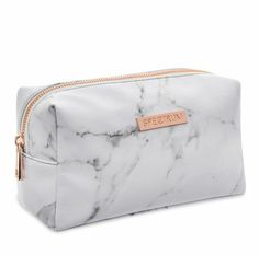 Marbleous White Bag Finish your Instaworthy Marbleous Collection with the white marble print makeup bag. The soft faux leather bag is finished with a rose gold zip, stylish white l -> Stuff 2 Buy (Visited 1 times, 1 visits today) Trousse Make Up, Make Up Braut, Cute School Supplies, Marble Print, Cute Bags, Cosmetic Bag, Purses And Bags, Hermes, Zip Around Wallet