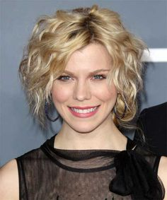 Short Curly Hairstyles for Thin Hair | http://www.short-haircut.com/short-curly-hairstyles-for-thin-hair.html