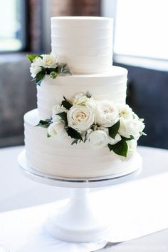 50 gorgeous romantic wedding cake ideas in 2019 page 2 weddings . - 50 gorgeous romantic wedding cake ideas in 2019 Page 2 Wedding Inspire Wedding cakes - Amazing Wedding Cakes, Elegant Wedding Cakes, Wedding Cake Designs, Cake Wedding, Wedding Ceremony, Wedding Night, Reception, Vintage Wedding Cakes, Wedding Cake Flowers