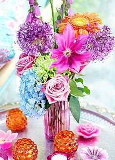 Bright colors in this arrangement